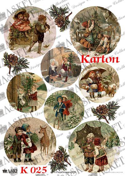 dzieci w lesie z choinką