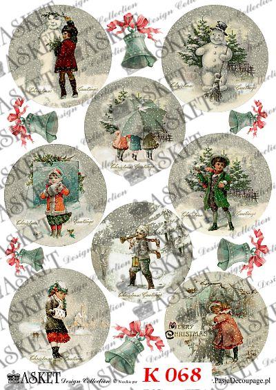 Dzieci z elementami charakterystycznymi dla świąt Bożego Narodzenia
