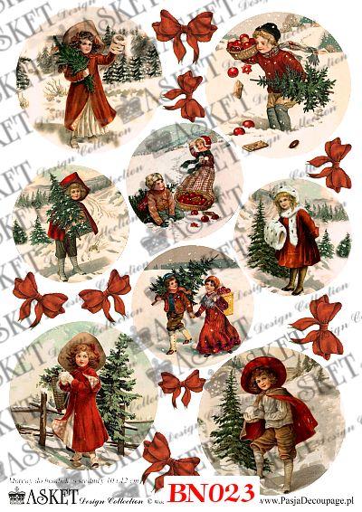 dzieci w czerwonych kubraczkach
