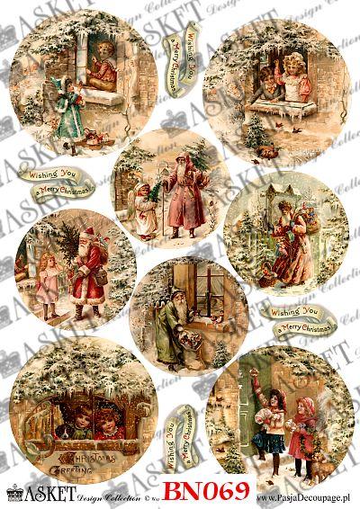 Święta Z Wesołymi Dziećmi I Mikołajem