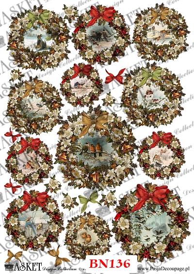ptaki w stroikach świątecznych
