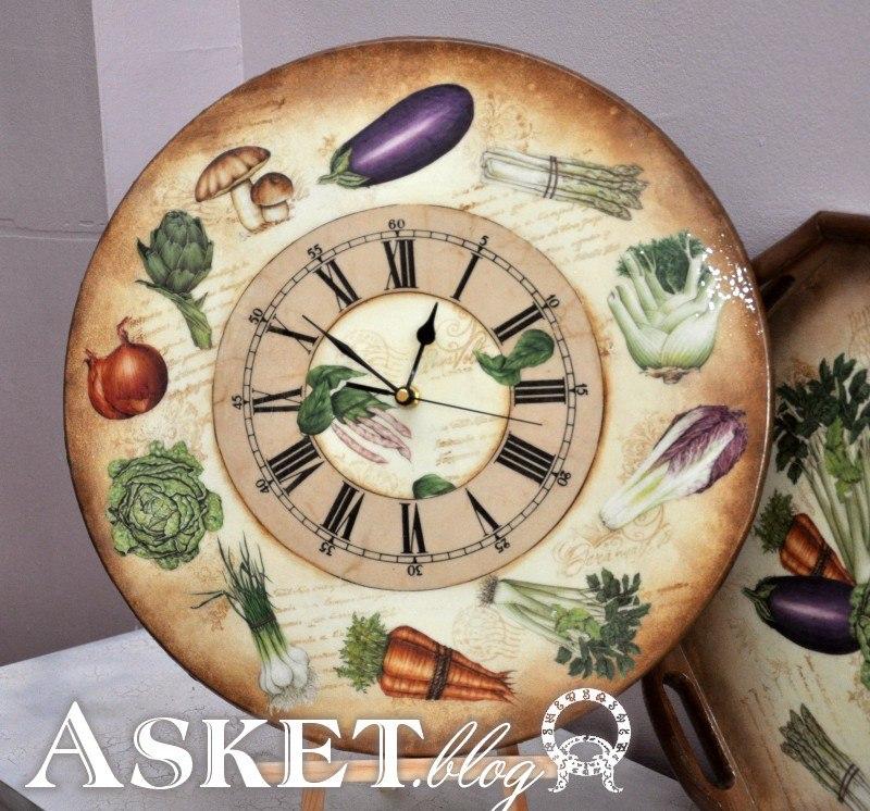 zegar z motywem warzywnym